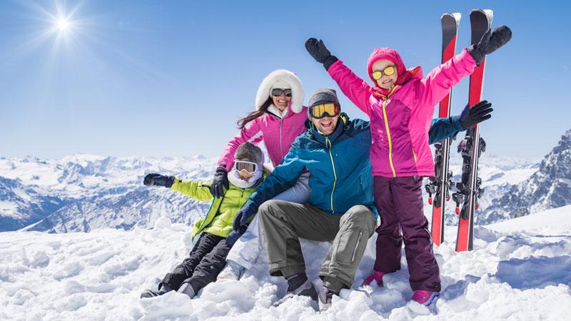 Obitelj na zimovanju - provjerite ponudu sezone 2021 2022